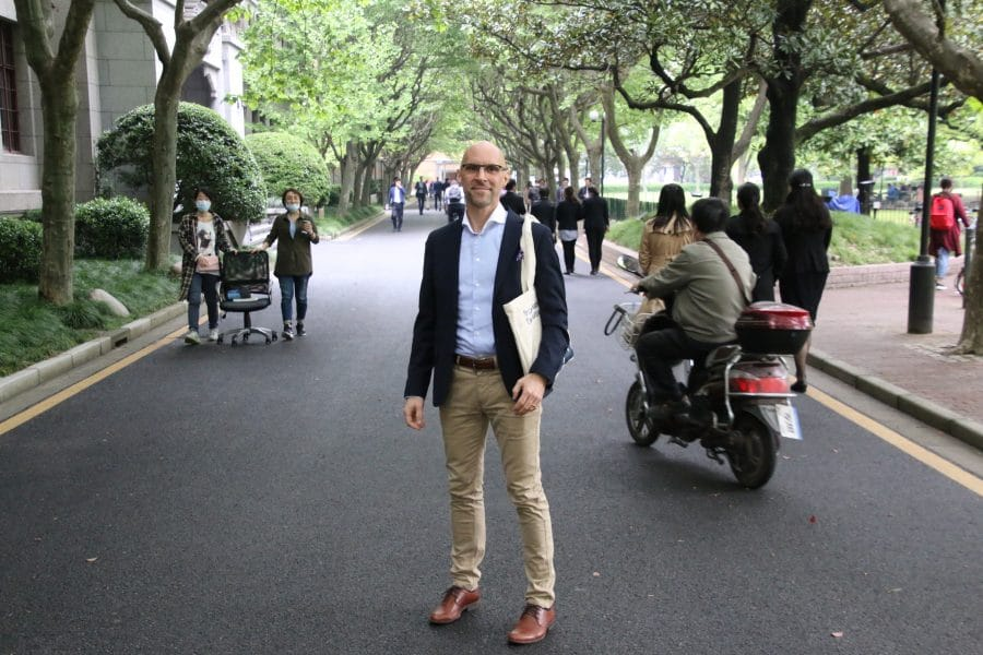 Johan Burtus, Executive MBA 2016-2018, at the Shanhai Jiao Tong University campus